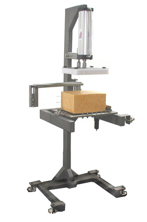 1810 Champ 06 Cheese cutting machine